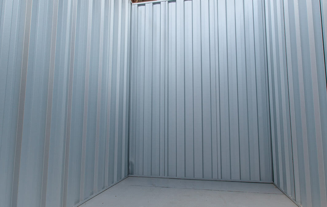Self Storage Types: Vertically stacked wooden boxes vs metal containers vs indoor storage units: Which is best?